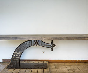 Table Guilliet en fonte et bois